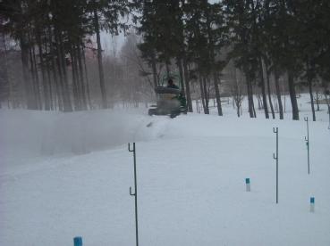 融雪剤散布作業