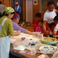 ボランティアの方々により美味しいお餅が食べられました!