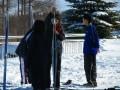 コースを滑り終えた学生!